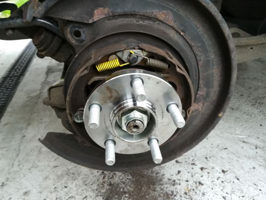 Wheel bearing and handbrake